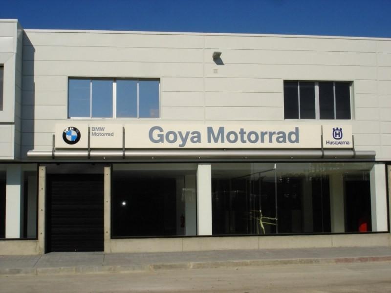 goya-motorrad-fachada