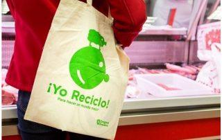 """Zaragoza se alía con el comercio de proximidad impulsando """"¡Yo reciclo!"""" para reducir el uso de plásticos"""